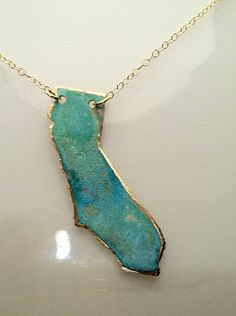 They can make any state. I want.  #etsy #california #jewelry #necklace