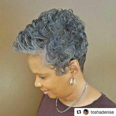 Gorgeous, Beautiful...Hawt!! #GrayHair #GrayHairDontCare #GrayPixie #GrayStreak #NaturallyGray #SaltNPepperHair #SistaYourGrayHairIsBeautiful #Repost @toshadenise #shorthair #silverfox #greyhairdontcare