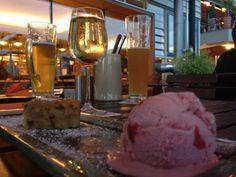 Weissbier-grieb-kuchen(white beer cake) with Strawberry ice-cream