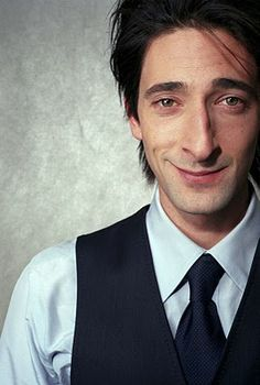 Strange looking bird but an amazing actor! Pretty People, Beautiful People, Male Fairy, Adrien Brody, Thing 1, Raining Men, Attractive People, Most Beautiful Man, Elegant Man
