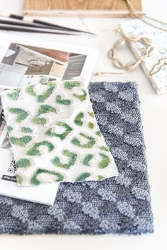 2020 flooring trends moodboard home decor trends with CarpetOne on Thou Swell #homedecor #homedecortrends #flooring #2020trends #flooringtrends #materials #renovation Textile Medium, Luxury Vinyl Plank, Carpet Tiles, Color Of The Year, Pantone Color, Home Decor Trends, Fabric Art, Design Projects, The Twenties