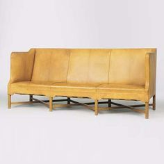 Three-seat settee a la venta en Christie`s Settee, Couch, Furniture, Home Decor, Auction, Objects, Sofa, Sofa, Chaise Lounges