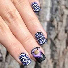 How cool are these Ursula nails by @lovingcosmetic? Who's your favorite Disney villain? Whirlpool Nail Vinyls found at: snailvinyls.com
