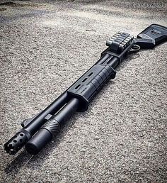 Manufacturer: Remington Mod. 870 Tactical Magpul Type - Tipo: Shotgun Caliber - Calibre: 12 Gauge Capacity - Capacidade: 6+1 Rounds Barrel length - Comp.Cano: 18 ½ Weight - Peso: 3400...