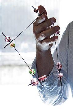 Petr Dvorak (à Joya 2010)    - jeweller's hands