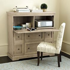 Behind its finely crafted exterior hides a smartly designed workstation with all the little extras you need to make quick work of paperwork.