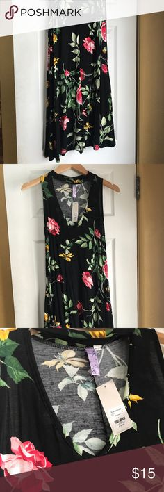 Floral Dress Floral dress with choker. Never been worn, tags still on! Francesca's Collections Jackets & Coats Blazers