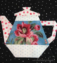 little teapot block Tutorial.  I'll show you how I planned my fabric placement so that the flowers are centered perfectly in their section of the block