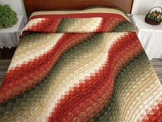 Bargello Wave Quilt -- splendid ably made Amish Quilts from Lancaster (hs2537)