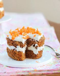 A single-serving carrot cake in a mug recipe that is so healthy you can keep the WHOLE CAKE all to yourself!