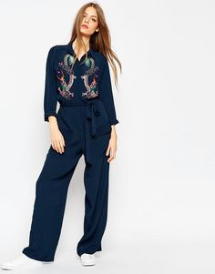 The kinda piece you can throw on and still look awesome! OBSESSED with the oriental embroidery.