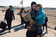 ACNUR denunció violencia sexual y tortura a personas LGBTI en Siria. Erika Rojas   Segundo Enfoque, 2017-12-08 http://segundoenfoque.com/acnur-denuncio-violencia-sexual-tortura-personas-lgbti-siria-2017-12-08