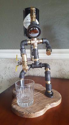 Whiskey Dispenser, Alcohol Dispenser, Drink Dispenser, Car Part Furniture, Pipe Furniture, Whisky Spender, Lampe Tube, Diy Home Bar, Pipe Lighting