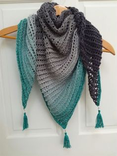 Dragon Belly shall. Free pattern by Myjo Crochet Yarn Scheepjes whirl, green tea tipple