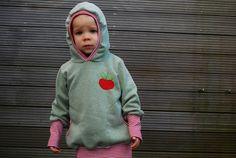 *Hoodie Äpfelchen Gr.104* von einfach schoen... auf DaWanda.com