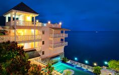 Fort Young Hotel / Roseau, Dominica