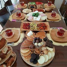 pin | bellaxlovee ☆ Breakfast Presentation, Food Presentation, Iftar, Turkish Breakfast, Good Food, Yummy Food, Yummy Snacks, Food Platters, Food Decoration