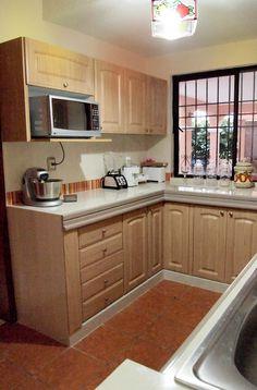 Cocinas de estilo rústico por Amarillo Interiorismo