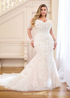 Plus Size Wedding Gowns, Dream Wedding Dresses, Bridal Dresses, Plus Size Brides, Full Figure Wedding Dress, Wedding Dress Pictures, Modest Wedding, Bridesmaid Dresses Online, Curvy Bride