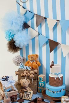 Blue and brown teddy bears Baby Shower Party Ideas Baby Shower Oso, Idee Baby Shower, Teddy Bear Baby Shower, Shower Bebe, Baby Shower Games, Teddy Bear Birthday, Baby Birthday, Shower Party, Baby Shower Parties