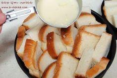 어느날은 없어서 못먹다가.. 어느날은 너무 남아 돌아 문제인 식빵-유통기한은 왜그리 짧은지..ㅎㅎ집에 유통기한 간당간당 식빵이 있어 브런치로 만들어본치즈 브래드 푸딩이에요~^^ [재료] - 2인분량식빵 4장우유 150ml, 설탕 1스푼, 소금 살짝, 계란 1개, 후추 약간모짜렐라치즈 2줌, 연유, 파슬리 약간 우선 식빵을 4등분해서 오븐사용이 가능한 용기에...