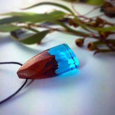 One of our latest items, this piece features red gum Australian eucalyptus and an aqua coloured resin, tell us what you guys think…