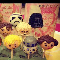 Star wars cake pops by sugarqueencakepops.com