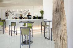 """Melia Braga Hotel & Spa foi classificado """"Excelente"""" por nossos hóspedes. Dê uma olhada em nossa biblioteca de fotos, leia as avaliações de hóspedes e reserve agora com nossa Garantia do melhor preço. Nós vamos até manter você informado de ofertas secretas e promoções, se concordar em receber nossos e-mails."""