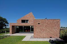 Riel Estate   Joris Verhoeven Architectuur   Photo: John van Groenedaal   Archinect