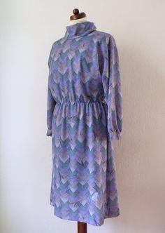 Vintage Poly Dress  Purple 1970's Dress von PaperdollVintageShop, €34,90