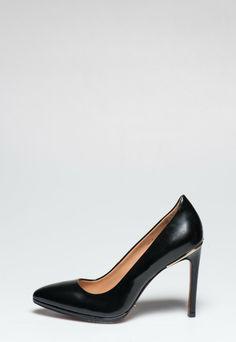 38 nejlepších obrázků z nástěnky Shoes  6290c4edf67