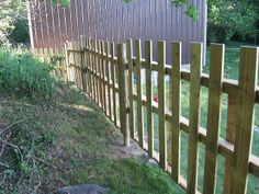 Pallet Fencing Photos by 4Unpaved, via Flickr