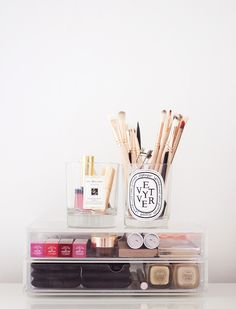Muji drawers & candle jars. (gh0stparties)