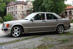 Mercedes Sport, Mercedes 190, Bmw, Cars, Friends, Mercedes Benz Cars, Amigos, Autos, Car