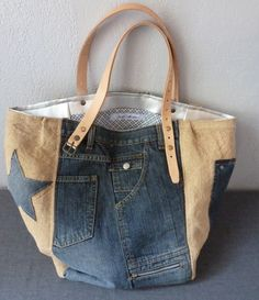 Discover thousands of images about Jeans Taschen Keine Schnittmuster, nur Inspiration Diy Jeans, Recycle Jeans, Love Jeans, Jeans Denim, Denim Handbags, Denim Tote Bags, Denim Purse, Jean Purses, Purses And Bags