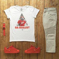 or: #WDYWTgrid by @_patrk #WDYWT for on-feet photos #WDYWTgrid for outfit lay down photos #outfit #ootd #Adidas #tupac #mensfashion •