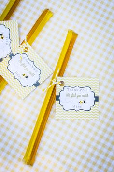{Party Feature} Honey Bee Baby Shower! on http://pizzazzerie.com