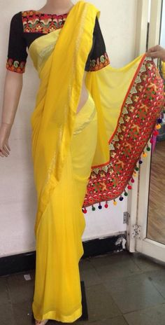 Do you want to find out about quality Elegant Indian Sari and products such as Latest Elegant Saree and Bollywood saree if so then Click VISIT link to see more indianfashion Simple Sarees, Trendy Sarees, Fancy Sarees, Stylish Sarees, Saree Tassels Designs, Saree Kuchu Designs, Indian Dresses, Indian Outfits, Indian Clothes