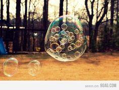 Funny pictures about Bubbles inside a bubble. Oh, and cool pics about Bubbles inside a bubble. Also, Bubbles inside a bubble photos. Blowing Bubbles, Bubble Pictures, Pictures Of Bubbles, Inspiration Artistique, Bubble Balloons, Plastic Balloons, Giant Bubbles, Rainbow Bubbles, Rainbow Light