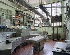 Asylum: Inside the Haunting World of 19th-Century Mental Hospitals | Brain Pickings