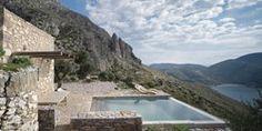 Tainaron Blue Retreat , Vathia, Grèce by Kostas Zouvelos, Kassiani Theodorakakou / pool