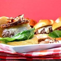 Lactose free Cheeseburger by FeedYourSoul2