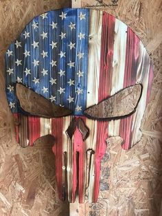 Your place to buy and sell all things handmade Punisher Skull American Flag USA Punisher Skull Distressed American Flag Pallet, American Flag Decor, Diy Wood Projects, Wood Crafts, Punisher Skull American Flag, Skull Flag, Wooden Flag, Pallet Art, Cornhole