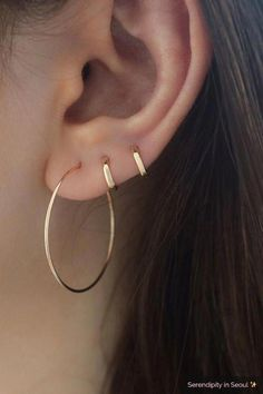 Solid gold tiny huggie hoop earring in inner diameter. This tiny hugging hoop is perfect for upper ear cartilage piercings or second/third hole piercings. Made from REAL GOLD, and will not tarnish. Perfect for everyday wear! Emerald Earrings, Crystal Earrings, Crystal Jewelry, Sterling Silver Earrings, Gemstone Jewelry, Silver Ring, Gothic Earrings, Silver Jewelry, Bar Stud Earrings