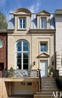 The designer focuses on restrained Neoclassical elegance with a Parisian flair for the Brooklyn home