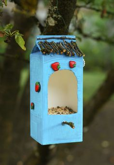 a Bird Feeder Out of Recycled Materials This easy DIY feeder will make birds, and the earth, happy. Photo: Carly J. Cais/Make a Bird Feeder Out of Recycled Materials This easy DIY feeder will make birds, and the earth, happy. Photo: Carly J. Recycled Art Projects, Recycled Crafts, Projects For Kids, Diy For Kids, Crafts For Kids, Crafts From Recycled Materials, Make A Bird Feeder, Bird Feeders, Diy Crafts To Do