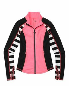 Fun running jacket for chilly spring mornings Juicy Couture Handbags, Pink Workout, Fashion Forever, Running Jacket, Passion For Fashion, Fitness Fashion, Style Me, Cute Outfits, How To Wear