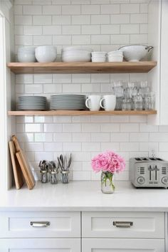 They used a light grey grout on their white subway tile. Standard white subway tile from Home Depot. diy home decor,diy,diy crafts,diy room decor,diy headboard Kitchen Shelves, Kitchen Tiles, Kitchen Dining, Kitchen Decor, Open Shelves, Kitchen White, Kitchen Cabinets, Glass Shelves, White Kitchens