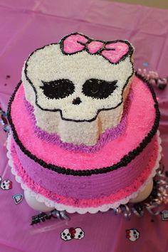Monster High Cake  http://media-cache8.pinterest.com/upload/138063544796635920_7Nmtz4IU_f.jpg https://www.tradze.com/gift-cardmmontoya2 Tradze.com birthday