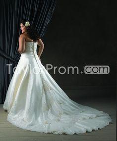 Glamorous+A-line+Strapless+Floor-Length+Chapel+Lace+Embellishing+Plus+Size+Wedding+Dresses+